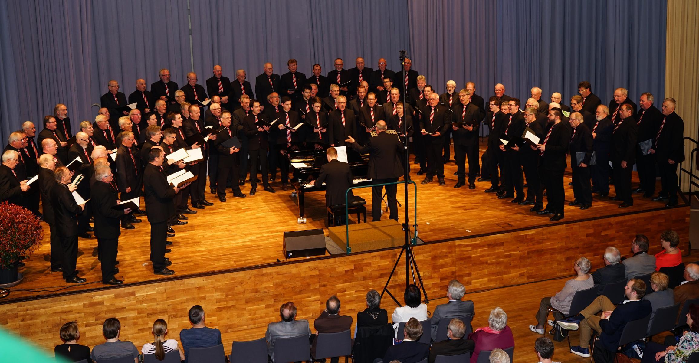 Männerchor Neureut 1 Bild P Schmitteckert